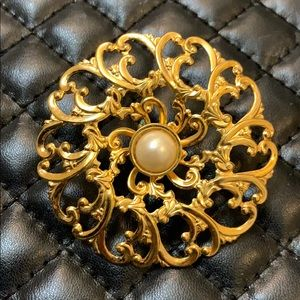 Vintage Mid Century Gold Sun Pearl Brooch Pin
